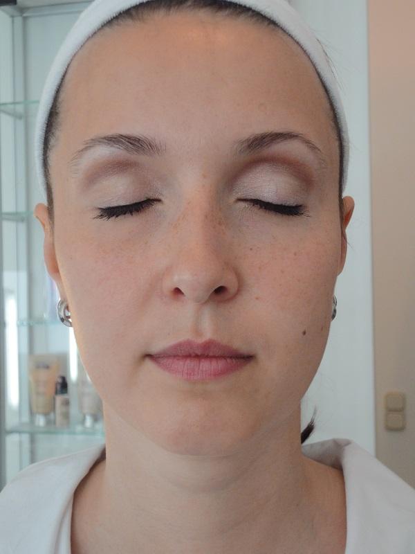 klassiches-make-up-geschlossene-augen
